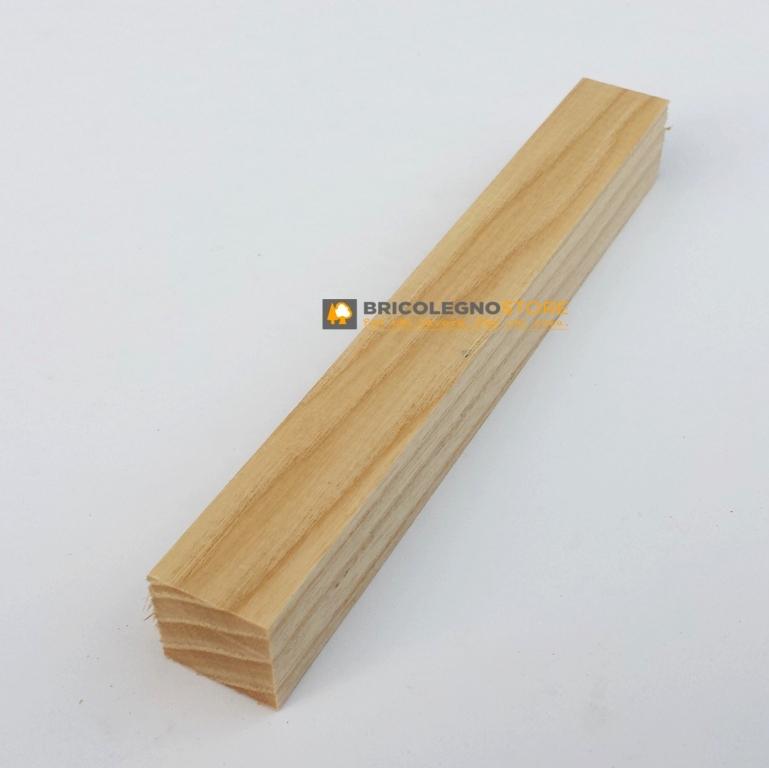 Tavole legno di frassino piallate listello frassino per for Costruire tornio legno
