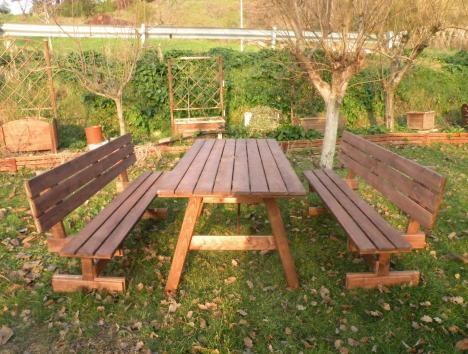 Tavoli in legno per giardino con panche tavolo da giardino con panche separate e schienale 8 - Tavolo e panche da giardino ...