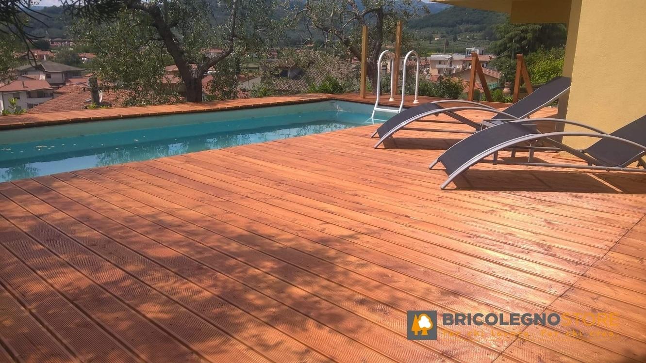 Decking pavimento in legno pavimento in legno per - Pavimento esterno finto legno ...
